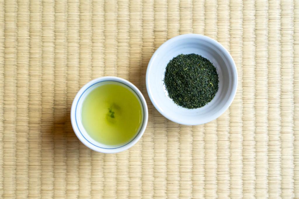 芽茶と茶葉